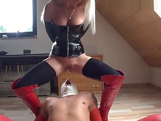 German Femdom Mistress - fisting and pissing