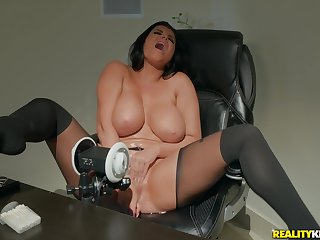 Hot Romi Rain is ready for hardcore sex before of the camera