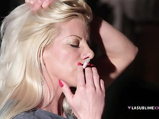 Blonde wife Lara De Santis wanted to be fucked in the night