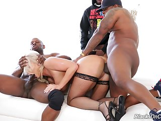 Awesome and curvaceous MILF London River takes double BBC penetration