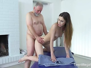 Frisky masseuse is fucking one of a catch elderly patrons because he always gives say no to money for on the same plane