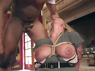 Horny Phoenix Marie wants to reach strong orgasm with her lover