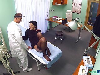Dispensary intercourse for a sensual woman and their way doctor