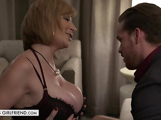 Sarah invited Kyle yon her place and asked him yon fuck her in a doggy- style position