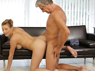 DADDY4K. Redhead catches the apt moment to lady-love