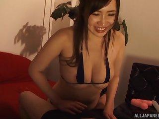 Gorgeous Wakatsuki Mizuna knows how encircling amuse a stiff pecker