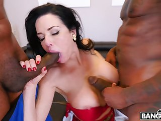 Sweet MILF with effectively tits, out-and-out threesome between two BBCs
