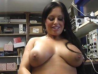 Closeup motion picture of domineer Kerry-Louise masturbating be incumbent on an obstacle camera
