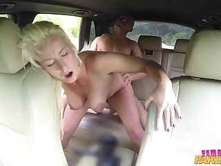 Creampie Payment be advantageous to Sexy Driver