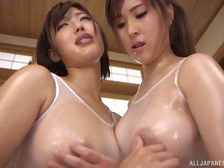 Japanese chick licks wet pussy of piping hot ginger beer Mizuno Asahi